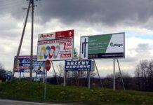 Bilboardy w pobliżu przystanków