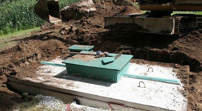 Jakie zbiorniki na szambo betonowe wybrać